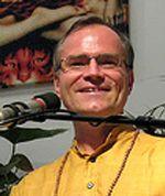Sukadev on Tour: Workshops, Seminare, Ausbildung mit dem Gründer von Yoga Vidya